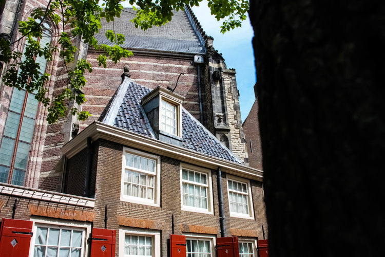 Amsterdam Architecture Window Low Angle View No People History Amsterdamcity Red Light District Church Oude Kerk Lightroom Cc Lightroom 450d Amsterdamcitycentre Eyeemphoto Street Photography