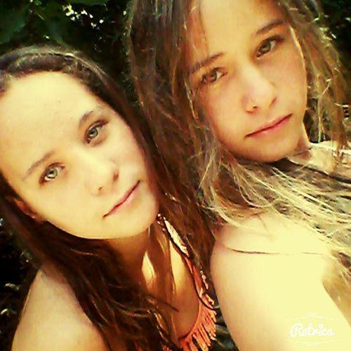 Avec ma sister jumelle ♡♥♥♡ vs trouvez kon se ressemble ? perso moi non