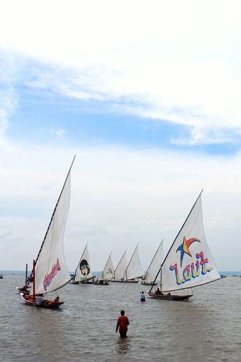 Berjalan diair INDONESIA Nelayan Kenjeran Beach Afs_sda Eos60d