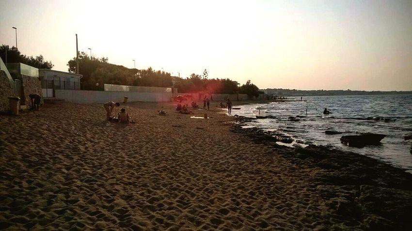 Mare, la spiaggia semideserta e tutta la tranquillità del mondo Pomeriggioalmare Summer2015 Mare E Sole Igersmonopoli Monopoli