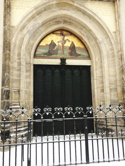 The snow...😍 Luther Lutheran Church Lutherstadt Lutherjahr2017 Building Exterior Architecture Built Structure Arch Architectural Column No People Day Outdoors (null) 95 Thesen Church Door