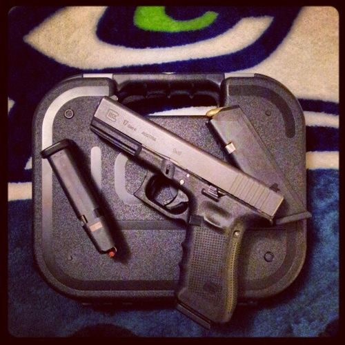 Glock17 Gen4 2 .4lbtrigger StainlesssteelRecoilSpring ghostconnector extslidestop stainlesspins gripplug combatready