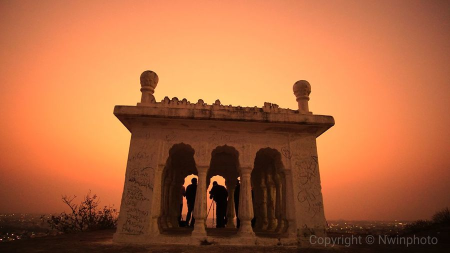 Golden hour moments at Moulali Dargah. EyeEm Selects Sunset Architecture Gate Orange Color Built Structure Travel Destinations History Silhouette Dusk Building Exterior Architectural Column Outdoors Sky Ancient Civilization City Adult Clear Sky