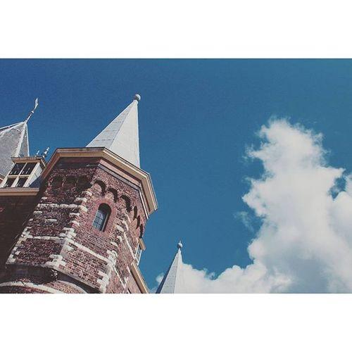 Beautiful Architecture and Design . At the Waag building in NieuwMarkt near the CityCenter centrum. amsterdam holand netherlands niederlande. Taken by my SonyAlpha dslr dslt a57 . تصميم معمار مبنى امستردام هولندا