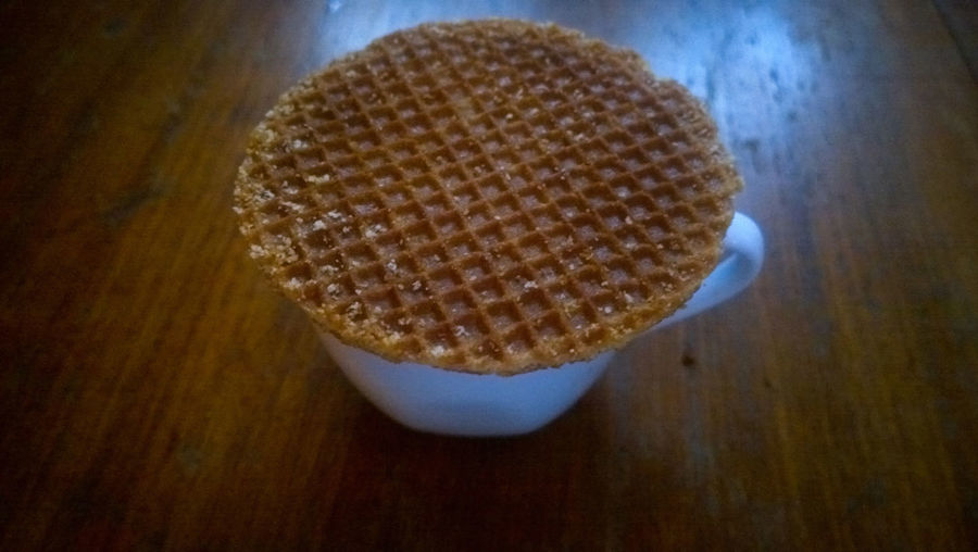 Breakfast Brown Cafexperiment Circle Close-up Coffee Time Food And Drink Freshness Geometric Shape Healthy Eating Homemade Indoors  No People Organic Overhead View Pattern Sack Selective Focus Still Life Stroopwafel Table Waffel