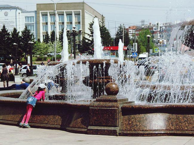 фонтан и дети Fountain And Chidren