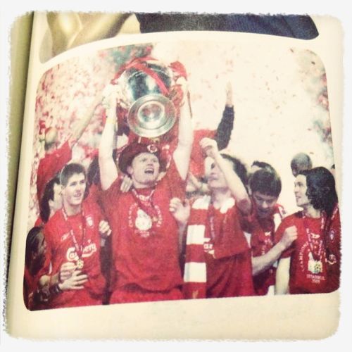 What Makes You Strong? That we won the champion.That we realize our dreams. Liverpool Stevengerrard
