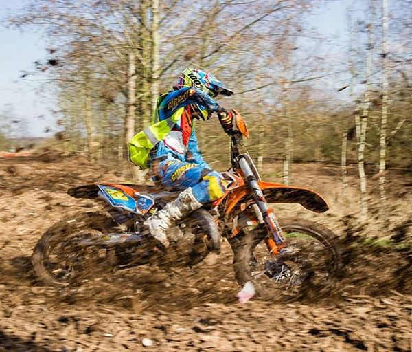 Ashby Moto Park - Love the smell of petrol in the morning! 🏁 Ashby Ashbydelazouch Motorsports Motopark Motorbike Motox Motocross Dirtbike Dirtbikes Sports Panning Bikes Motorsport Spring Canon600D Canon Sigma Motokidz Dirtbike Motokids Endurocros Ashbymotopark
