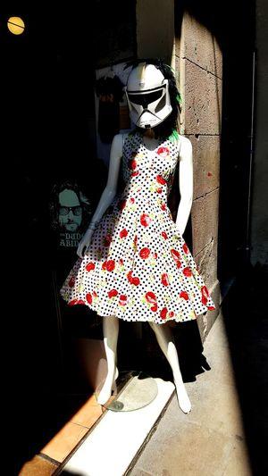 Blending in EyeEm Selects Barcelona Barcelona♡♥♡♥♡ SPAIN Fashion Low Section Full Length