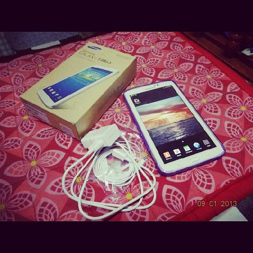 Ayiiiieee:)) Thank You Tita Wendy For This ♡ GalaxyTab3 Happy Ayiiee ThankYouPoLord ♥