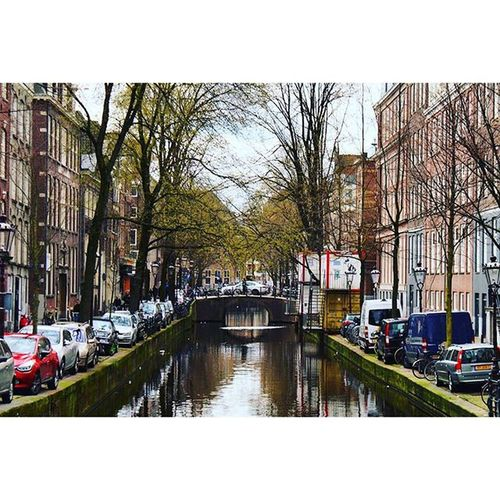 Beautiful View of the Famous Canals AmsterdamCanals. Near the DamSquare in the CityCenter centrum. amsterdam holand netherlands niederlande. Taken by my SonyAlpha dslr dslt a57 . قنوات_مائيه ساحة امستردام هولندا