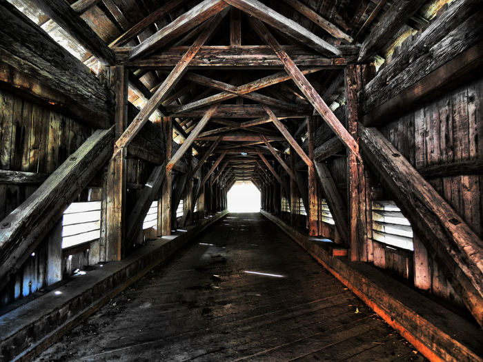 Brücke Architecture Built Structure In A Row Light At The End Of The Tunnel No People Old The Way Forward vanishing point Wood - Material