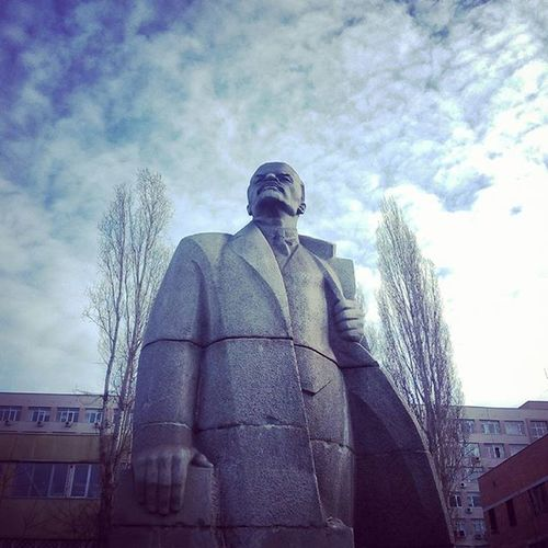 Lenin, Museum of Socialist Art, Sofia, Bulgaria 🌟 Lenin Socialism Communism Urss Instagram Instagrammers Toptags @top.tags Igers Instalove Instamood Instagood ShoutOut Photography IPhoneography Androidography Filter Filters Hipster Contests Photo Ig Igaddict Photooftheday Insta Picoftheday bestoftheday instadaily instafamous popularpage popular