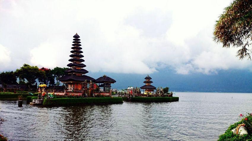 Ulun Danu Temple Bedugul Bali, Indonesia Namaste Hanging Out Enjoying Life