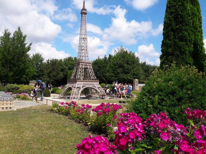 France Miniature France Miniature Parc D'attraction Paris Flower City Tree Park - Man Made Space Sky Architecture Cloud - Sky Amusement Park Ride