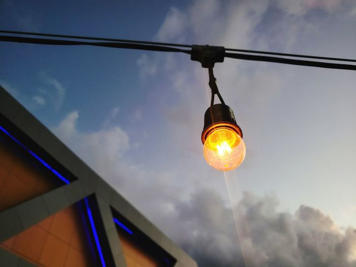 Illuminated Hanging Lighting Equipment Close-up Sky Light Bulb Energy Efficient Lamp Lamp Shade  Lit Bulb Office Building Electricity  Energy Efficient Lightbulb Building Electric Light Lantern Electric Bulb Filament Pendant Light Darkroom Wall Lamp Electric Lamp Side Table