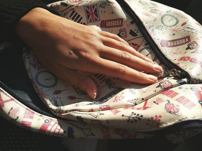 woman's hand EyeEm Best Shots Urban Photography Applications  Sunlight ☀ Patern Hands Nails <3 Eyeem Hands Human Hand Close-up Foil - Material Fabric Textile Low Section