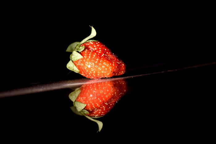 Reflection of strawberry on floor.. MyLifeMyWorldMyEverything Hello World Enjoying Life Taking Photos Aurangabad Childhood Relaxing Check This Out The Tourist Hanging Out Hi! India Strawberry Strawberries Reflection Reflection_collection Best  My Snap Shots Anmol Kekarjawlekar