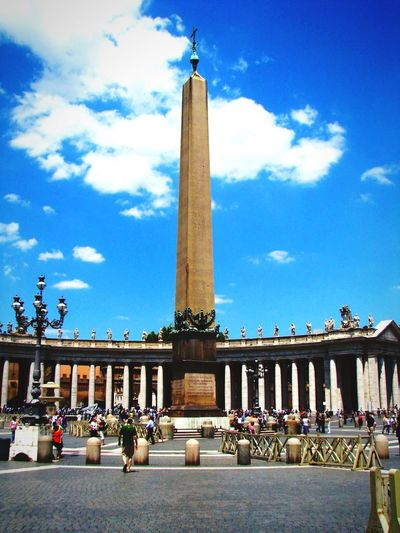 St. Peter's Piazza Architecture Vatican Rome Cityscapes EyeEm Best Shots Eye4photography  EyeEm Italia Rule Of Thirds