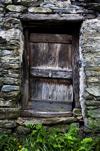 Architecture Close-up Closed Day Entrance Entranceway Nature Shut Stalla Stone Strong Strorage Swimming Traditional Vertical Wood - Material