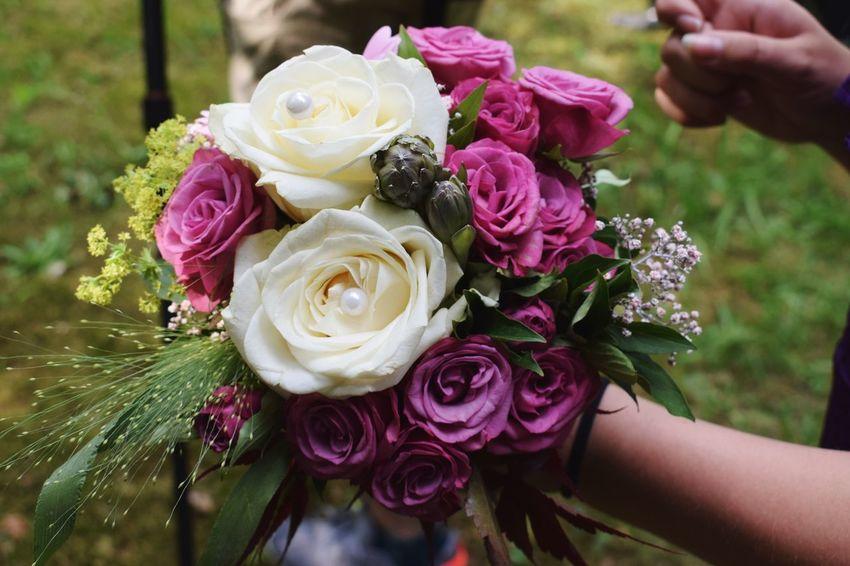 Brautstrauss Human Hand Bride Wedding Dress Flower Flower Head Bouquet Married Life Events Wedding Celebration