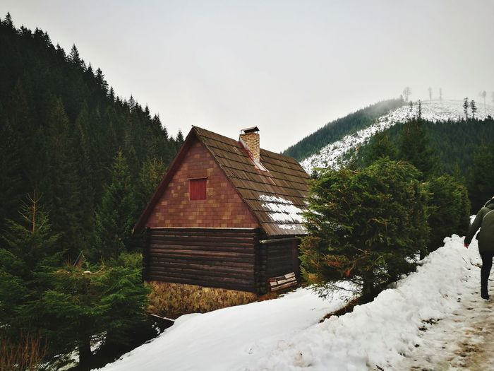 little house in the mountains Mountains Relax Snow Winter Cold Temperature Weather House Built Structure Building Exterior No People Nature