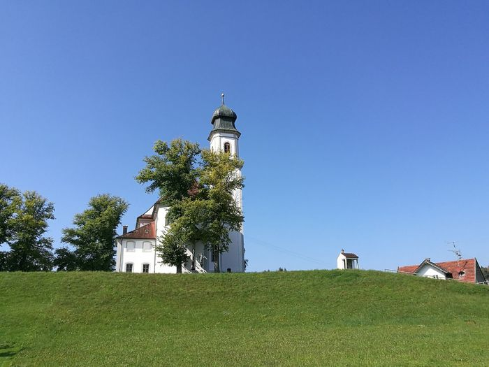 Architecture Clear Sky Built Structure Green Outdoors Scenics Allgaeu Germany🇩🇪 Holidays ☀ Check This Out Religion Hello World Nature Church Grass Green Color Enjoying Life Sonne Sky