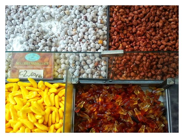 Banchetto siciliano - mandorle. Sicilian market bench - Almonds. Mandorle Noccioline Toasted Sectors Shapes And Forms Food And Drink Food Variation For Sale Abundance Choice No People Close-up Multi Colored Smartphone Photography Android Photography Sweets Dolciumi Note 2 Market Bench Bench Street Market