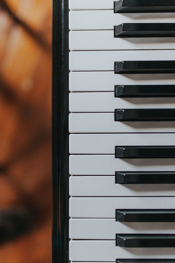 Keys Piano Piano Moments Arrangement Backgrounds Black Color Full Frame In A Row Keyboard Instrument Music Musica Musical Equipment Musical Instrument Musical Instrument String Musical Instruments Musical Note No People Pattern Piano Piano Key Piano Keys Repetition Still Life