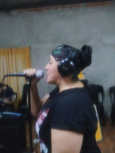Gisela from Inmortal Band Musician Rock Argentina Making Music