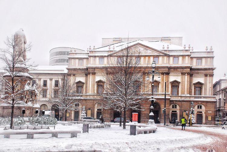 Piazza della scala Leonardo Da Vinci Winter With Snow Piazza Della Scala Milano Built Structure Building Exterior Architecture Sky Day No People Outdoors