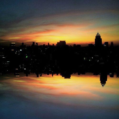 Monday stunning sunset from the window of where you can see Bangkok skyline... Bangkok BKK BBKK Skyviewer Sky Sunset Sofitel Sofitelbangkoksukhumvit