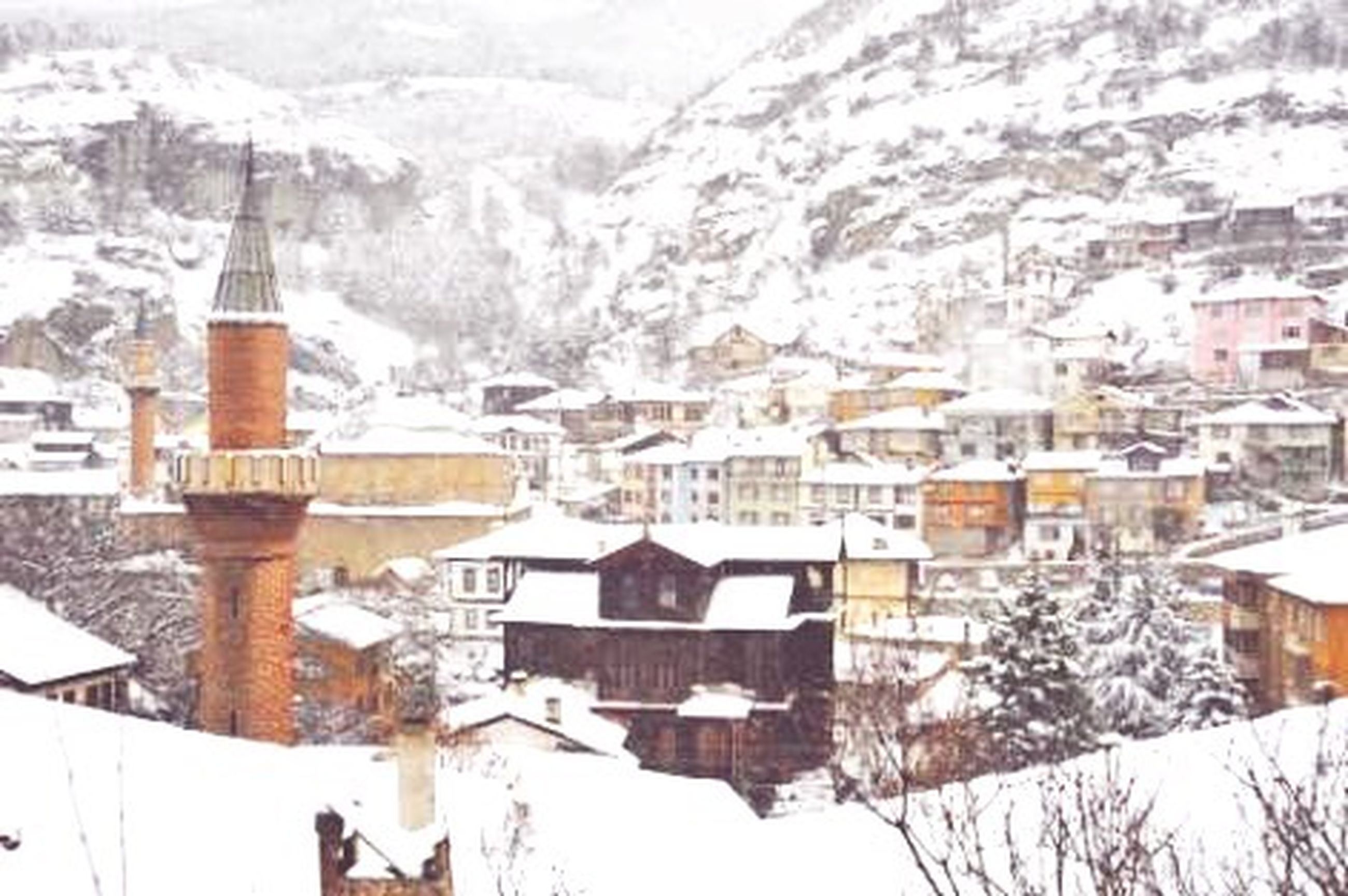 winter, snow, cold temperature, architecture, town, building exterior, house, built structure, no people, nature, residential building, city, outdoors, snowing, day