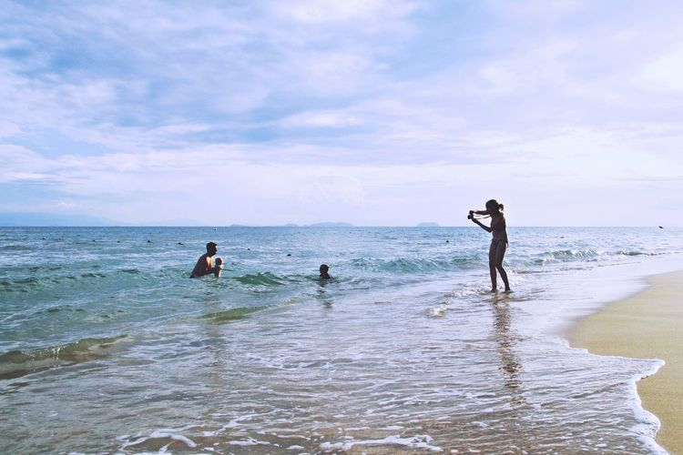Family Family Time Water Sportsman Sea Beach Paddleboarding Wave Men Sport Togetherness Standing