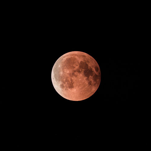 Lunar Eclipse Lunar Eclipse Astrology Astronomy Beauty In Nature Circle Eclipse Full Moon Geometric Shape Moon Moon Surface Nature Night Planetary Moon Shape Sky Space Space And Astronomy