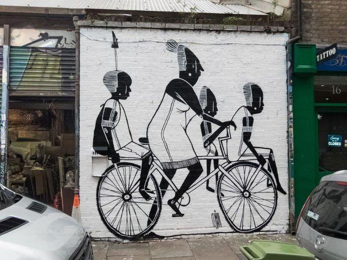 Bicycle Transportation Creativity Graffiti & Streetart UrbanART Streetartphotography Streetart Londres LONDON❤ Londra London Graffiti Street Art Urbanarts STRRET ART/GRAFFITI Graffiti Art StreetArtEverywhere
