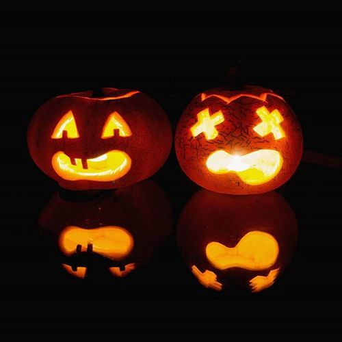 🎃Przygotowania Do Halloween Wycinanie Dyni Z Ukochanym Dynie Duchy Weekend Listopad Mrok Ciemnosc Pumpkins November Darkness Night Orange Ghosts Saturday Autumn Poland Polishgirl Polishboy  Couple cukierekalbopsikustrickortreatlikeforlikel4lf4f