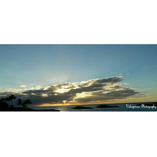 Sun Containment Photography By: @VideoPrince Islandlife Hawaii Oahuphotography Videoprince Luckywelivehi Ocean Beach Sand Beautiful Scenery Cameralife Adventure Greatshot Venturehawaii Aloha Photography Photographer Sunset 808  Justlivinglife Westside Hnnsunrise