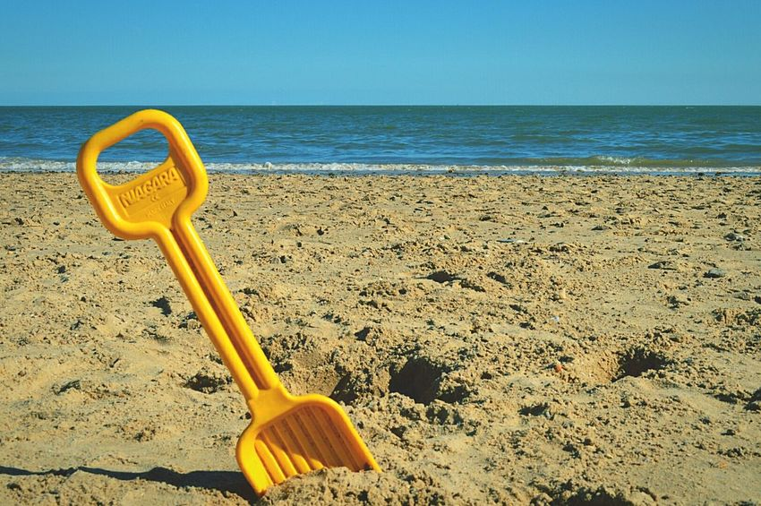 Yellow Spade At The Beach Day At The Beach Beach Beach Day Beach Photography Seaside British Seaside Sandy Beach Sand & Sea Sea And Sky Sea By The Sea Sunny Day Blue Sky Not A Cloud In The Sky Frinton-on-Sea United Kingdom Nikon D3200