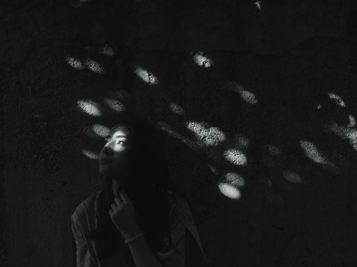 Photography Dark Darkness darkness and light Blackandwhite Blackandwhite Photography Light Girl Portrait Black Background Studio Shot Headshot EyeEmNewHere The Portraitist - 2018 EyeEm Awards
