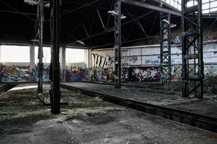 Leipzig Abandoned Architecture Bahnbetriebswerk Built Structure Day Graffiti Lost Places In Leipzig Lostplaces No People Outdoors Rail Transportation Railroad Track Sky Train - Vehicle Transportation