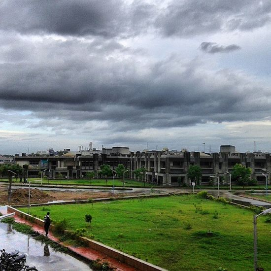 Ahmedabad Crazy Week Monsoon showers rain fall drizzle clouds dark black drizzle chilly conditions instagram_ahmedabad cold damp college green garden nature lightning hdr @instagram_ahmedabad hostel relief heat blue water people