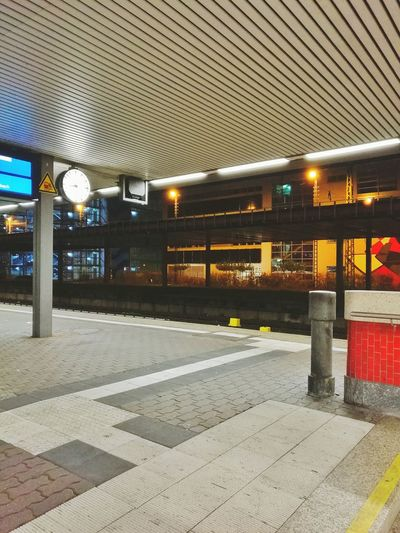 Illuminated Transportation No People Built Structure Architecture Indoors  Day Traveling Travel Destinations Train Station