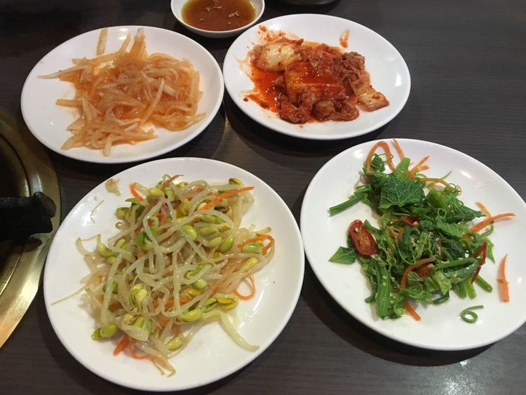 臺灣 Taiwanese Kaohsiung Taiwan 鹽埕區 四月 April 高雄 Food 食物 韓式料理 韓式小菜