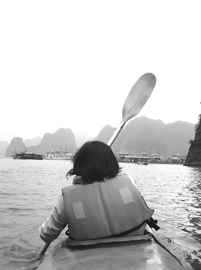 Women Around The World Boat Sailing! Sea halongbay Halong Bay Vietnam Cayaking Actually My Wifie Live For The Story