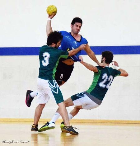 Handball Handball Is My Life Handball # Love # Competition Sport Arms Raised Men Exercising Sportsman Practicing Basketball - Sport Sports Clothing Young Adult Basketball Player Full Length Sports Uniform Competitive Sport Only Men Day Indoors  Court Motion Healthy Lifestyle Athlete Adult Adults Only Playing Leisure Activity Young Men People