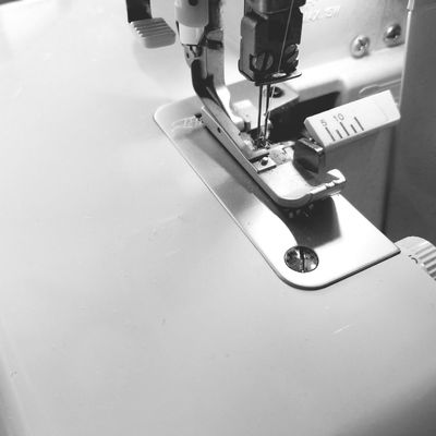 sewing machine ミシン ロックミシン 手芸 Handicraft Lock Sewing Machine Manufacturing Equipment Factory Industry Sewing Machinery Business Finance And Industry Close-up