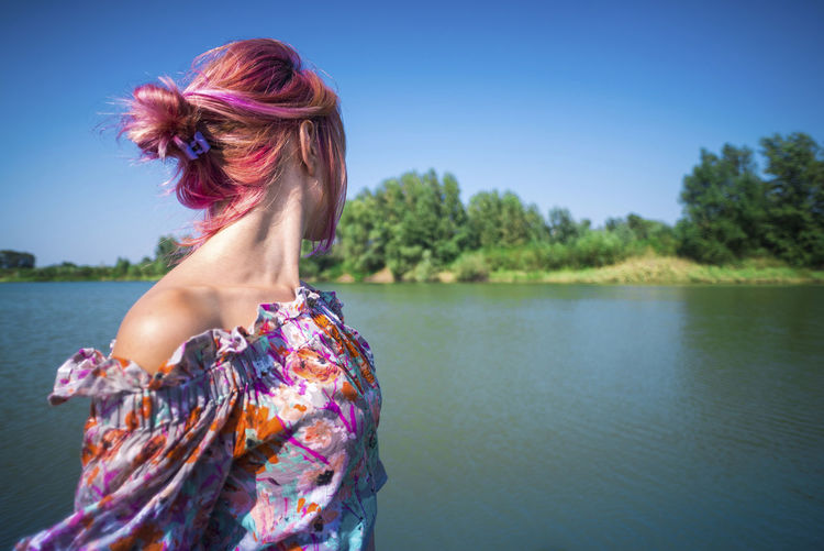 One Person Hair Water Hairstyle Women Lake Adult Redhead Nature Portrait Young Adult Sky Day Beauty In Nature Long Hair Tranquility Tranquil Scene Dyed Hair Fashion Beautiful Woman Outdoors Human Hair Dyed Red Hair
