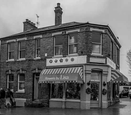 Florist, Oxford Road, Wellingborough, Northamptonshire Architecture Street Wellingborough Black And White Urban FUJIFILM X-T2 Monochrome Northamptonshire Monochrome Photography Architecture Florist