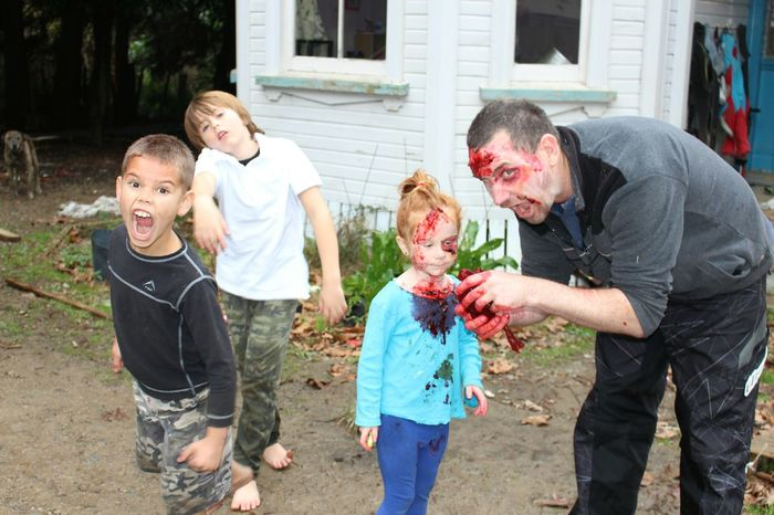 Zombieapocalypse Zombie Whats For Dinner? Kids Being Kids Sound Of Life Happy Halloween! Open Edit New Zealand Hanging Out RePicture Learning